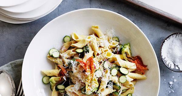 0211gt-zucchini-pasta-628.jpg